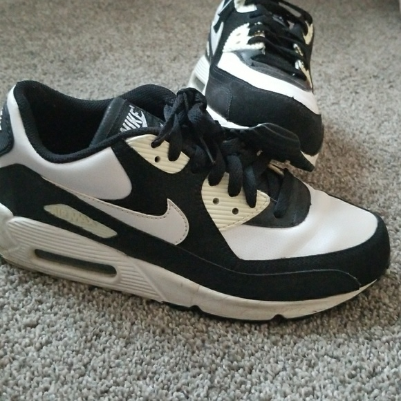 Old School Nike Air Max. M 5ab0344c5521be6865798d15 330d77498